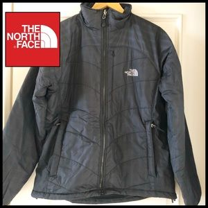North Face Women's Jacket in Black. Size L. ☃️
